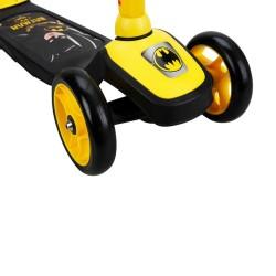 Batman 3 Tekerlekli Twistable Scooter - Thumbnail